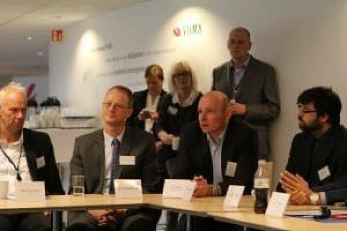 Geir Førre (nr tre fra venstre) fra IKT-bransjens dag i 2013.<br />Foto: Anne Cecilie Lund, NHD.
