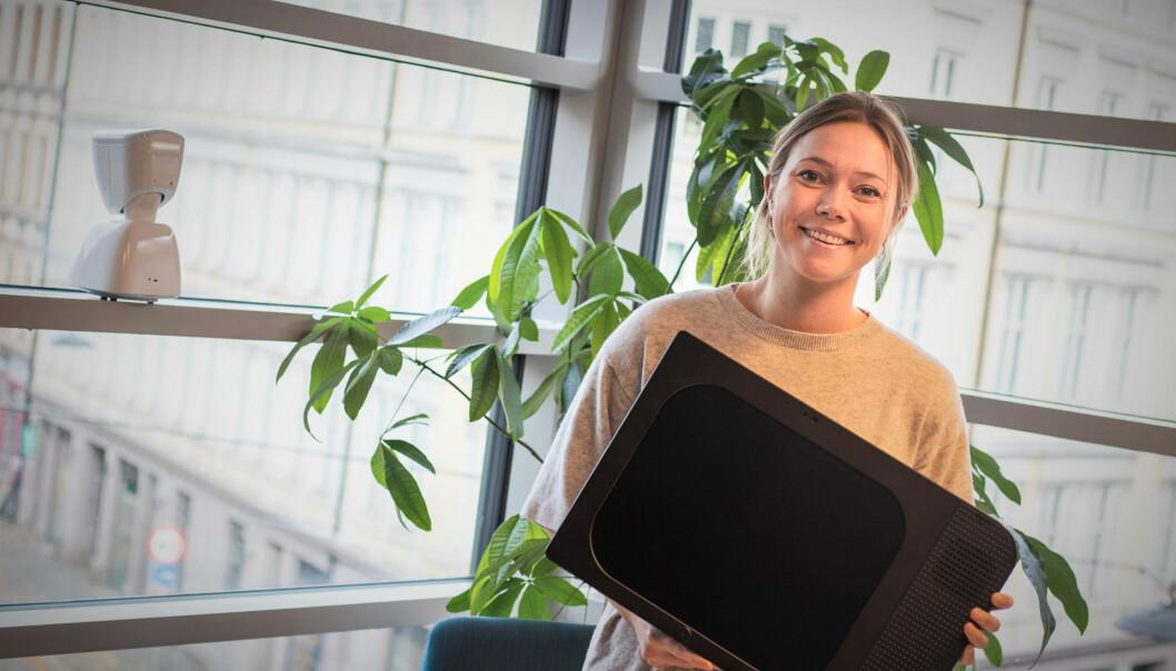 Karen Dolva og No Isolation prøver nye salgsmetoder på Komp-skjermen. Foto: Torill Henriksen