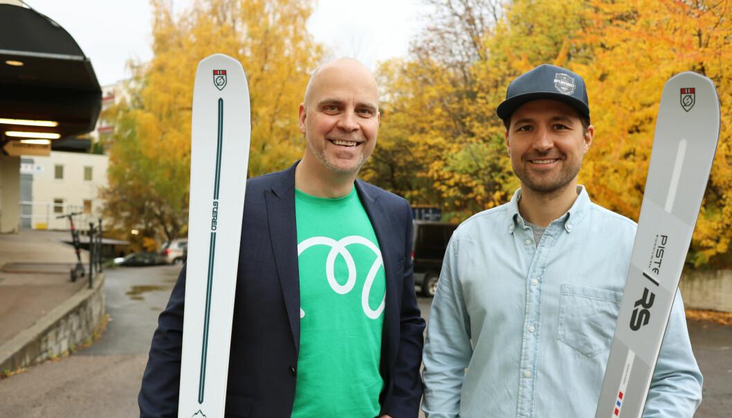 Stereo Skis-gründer Jens-Martin Johnsrud er strålende fornøyd med hjelpen han har fått fra Monner, som her er representert ved kommersiell leder Marius Dybdahl.