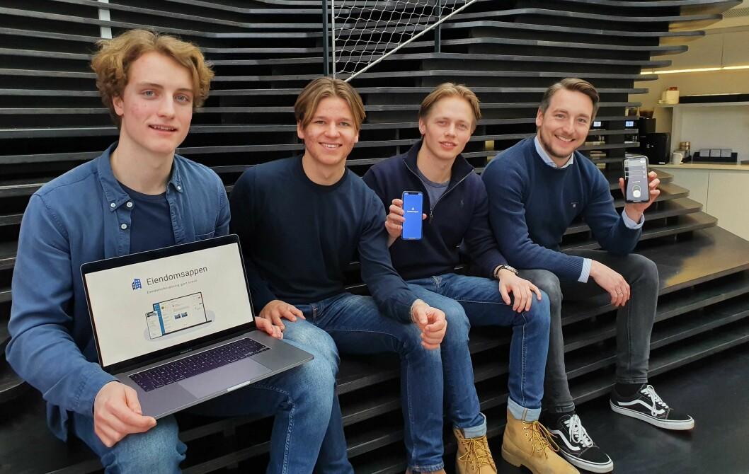 F.v. Ole Ekern, Steinar Seim, Kristoffer Moe Lundquist i Eiendomsappen, sammen med Pål Berget fra Unloc.