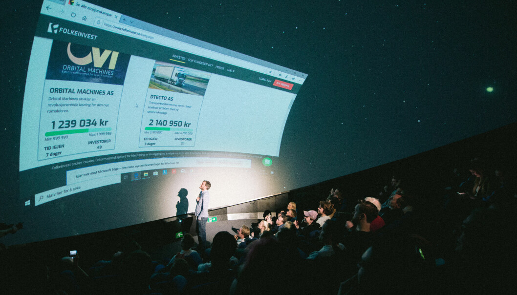 CEO Eivind Lilland kjørte Kick-off på folkeinvesteringskampanjen på Planetarium på Vitensenteret. På tre timer hentet de over 1,5 millioner