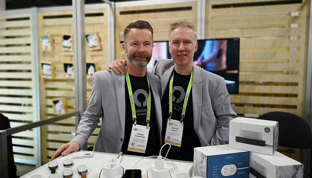 Aksjonærene har tro på ideen til Morten Revill i Lightcircle AS, som fikk fulltegnet emisjon med 59 nye investorer på et par uker gjennom dealflow.no.