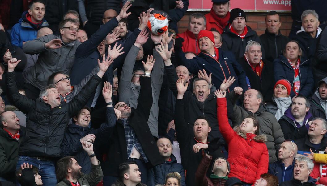 """7. mars slo Liverpool Bournemouth 2-1, for stappfulle tribuner på Anfield Road. 23. mars gikk Storbritannia inn i """"lockdown"""" på grunn av coronaviruset."""
