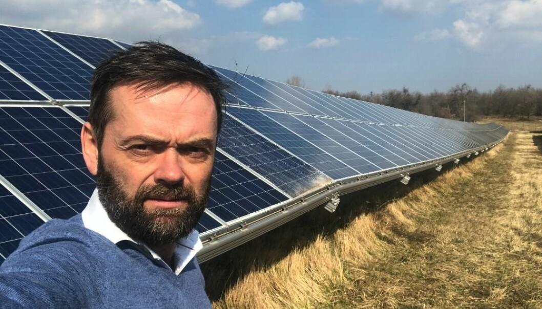 COO og medgründer, Lars Dysterud Hansen. Switchr lar privatpersoner investere i solenergi ved å eie ett eller flere paneler.