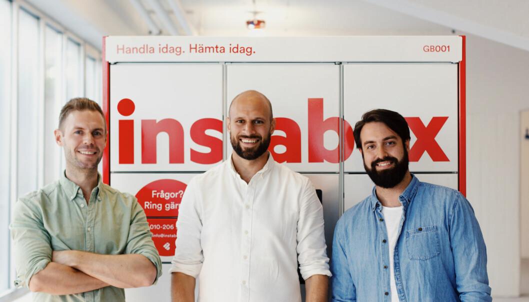 Instabox tilbyr enkel og rask levering gjennom smarte oppbevaringsskap. Virksomheten ble stiftet i 2015 av Alexis Priftis, Johan Lundin og Staffan Gabrielsson.