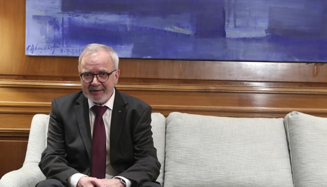 Presidenten i den europeiske investeringsbanken, Werner Hoyer.(AP Photo/Petros Giannakouris)