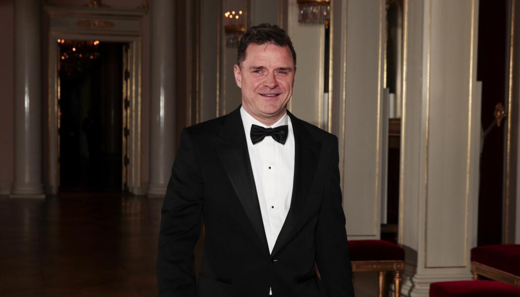 Daværende redaktør Espen Egil Hansen på vei til en gallamiddagen på Slottet i anledning Prins William og hertuginne Catherine sitt besk i Norge.