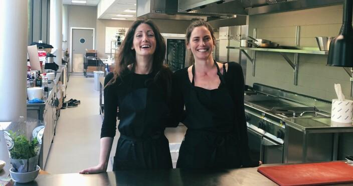 Frøya Hetzel og Kristine Bakk i selskapet To Ghost.