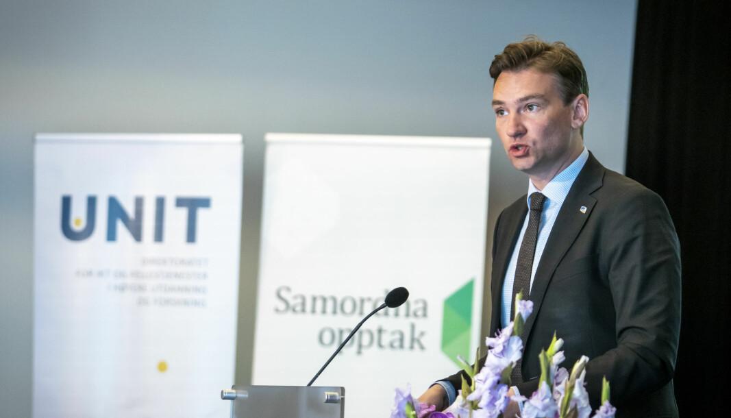 Minister for forskning og høyere utdanning, Henrik Asheim, kommenter årets opptak under en pressekonferanse arrangert av Kunnskapsdepartementet og OsloMeT om opptaket til høyere utdanning.