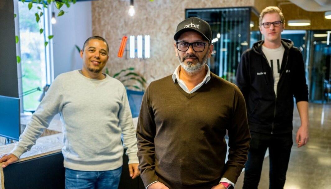 Daniel Bentes og Wasim Rashid fra R8 Property og Andreas Solbakken fra Railway.