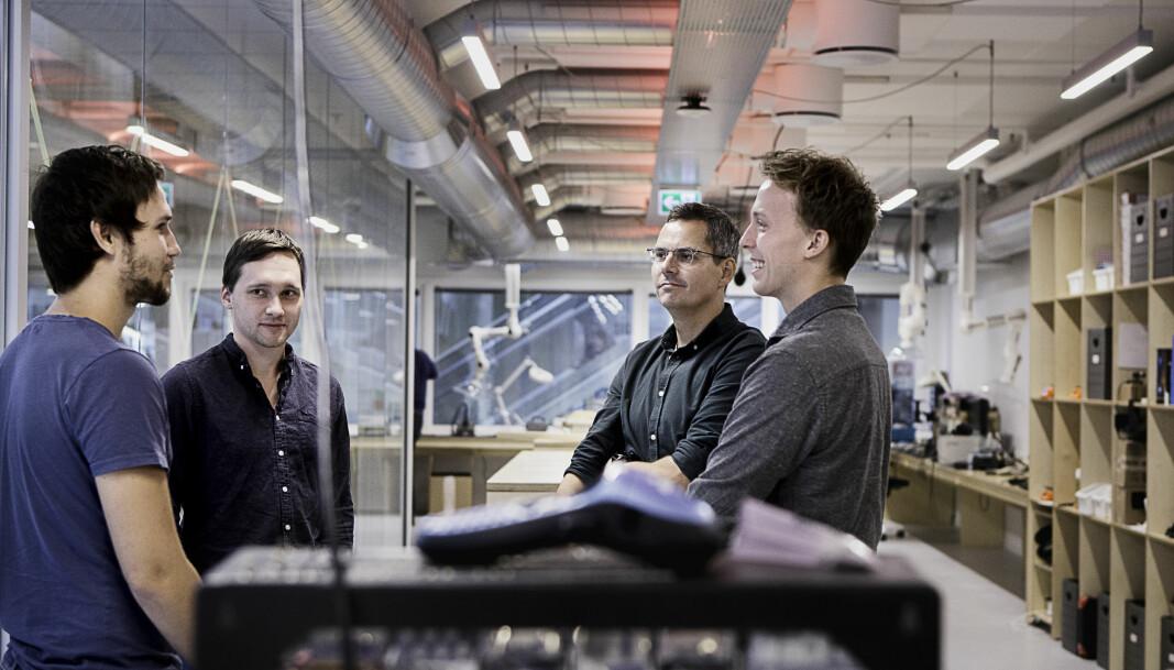LÆRER AV HVERANDRE: Telia Startup inviterte startupen Heimdall Power på workshop der de blant annet fikk råd av Chief Enterprise Architect Bjørn Ola Smievoll i Telia (nr. 2 fra høyre).