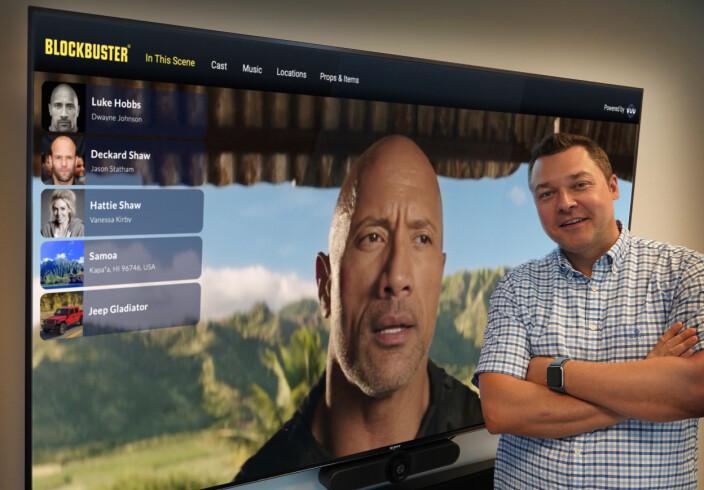 Vuu-gründer Christian Strømmen med live-visning av tjenesten integrert i Blockbuster.