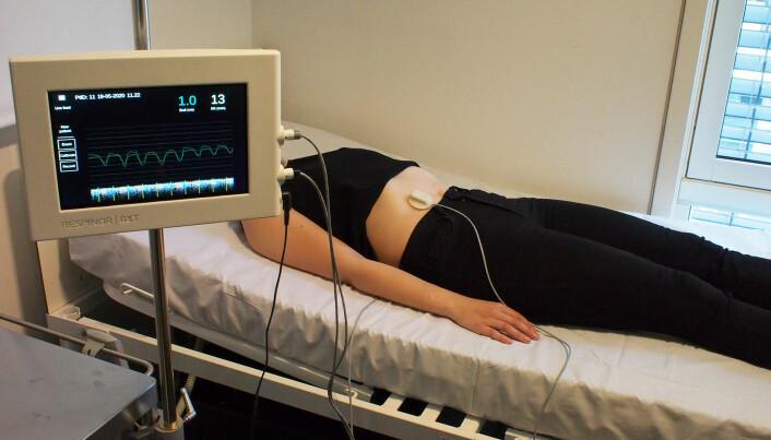 Respinors sensor måler pust hos en en pasient.