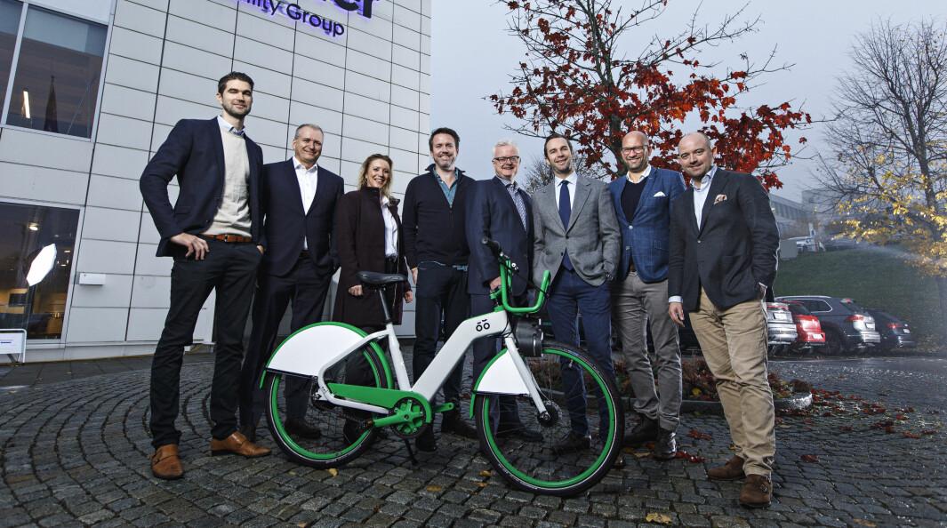 Urban Infratructure Partner, Møller Mobility Group og Selvaag Invest på fotoshoot da storinvesteringen var i land i 2018. Nå er Møller ute.