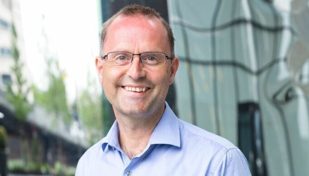 Fintech-ekspert Lars-Erik Fjørtoft i PwC er ikke sikker på at trusler en veien å gå for å få bankene med på laget.