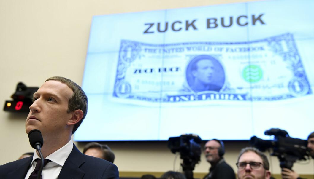 Facebook, her ved gründer Mark Zuckerberg, er i hardt vær grunnet navnebytte på selskapets krypto-prosjekt.