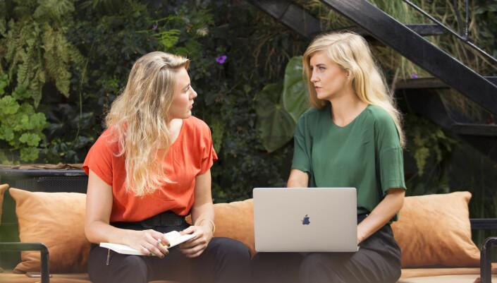 Thea Sommerseth Myhren (.v.) og Marina Sellstad har gründet Diwala sammen. I vår ble de igjen i Uganda da mange andre utlendinger reiste hjem.