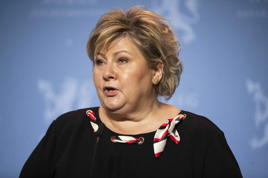 Statsminister Erna Solberg og resten av regjeringen forlenger kompensasjonsordningen for næringslivet.