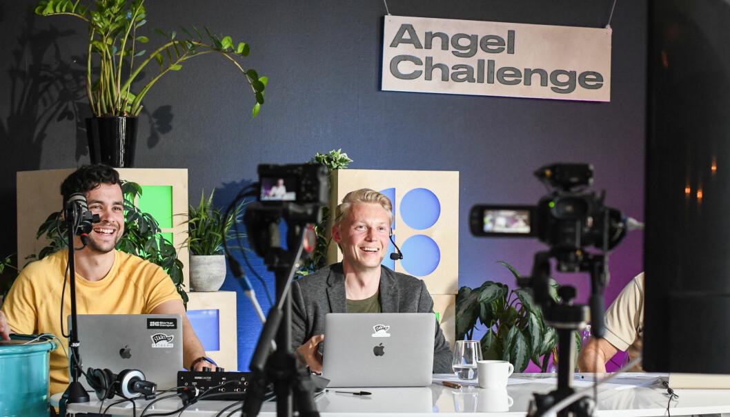 Even Ifar Fossland og Eirik Lilland Nerdal på scenen våren 2020, da Angel Challenge ble live-streamet.
