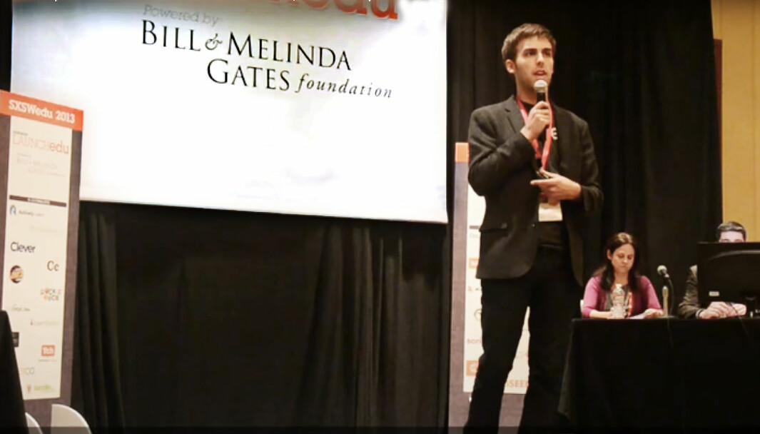 Dan Caroll i pitchekonkurranse på SXSW EDU, i konkurranse med blant annet Kahoot.