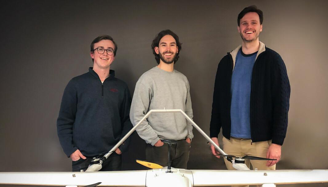 Aviant-gründerne Herman Øie Kolden (f.v.), Bernhard Paus Græsdal og Lars Erik Fagernæs startet selskapet mens de var studenter ved NTNU og MIT