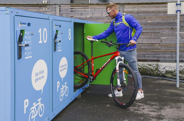 Disse boksene er sykkeltyvens verste fiende: Nå ruller Bikely-gründeren inn i nye markeder