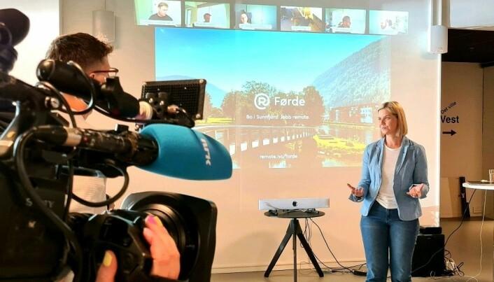 Kunnskaps- og integreringsminister Guri Melby deltok på Remotes lansering i Førde.