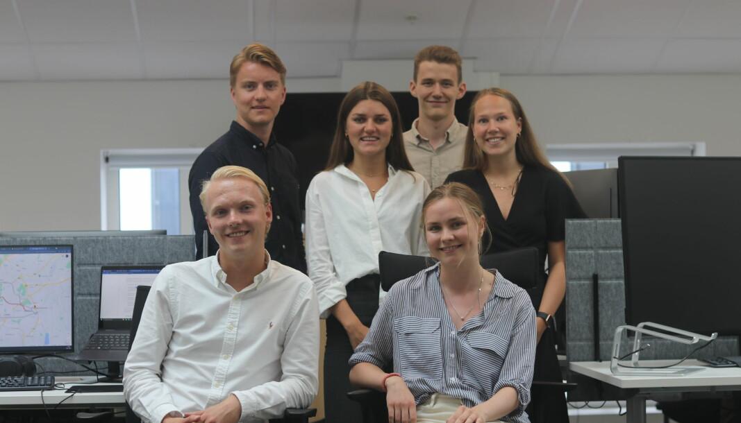 Bakerst fra venstre: Magnus Hauge Langholm, Isabel Slorer, Thor-Herman van Eggelen, Kristin Aune, Tomas Haugland Spangelo og Elin Schanke Funnemark.
