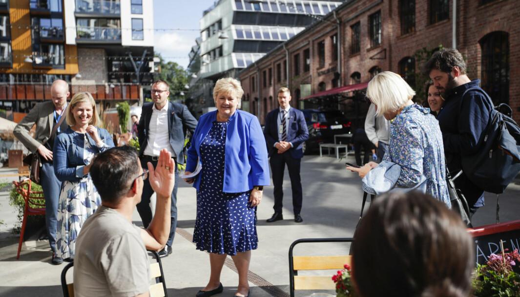 Statsminister og leder av Høyre, Erna Solberg, kunnskaps- og integreringsminister og leder av Venstre, Guri Melby og barne- og familieminister og leder av KrF, Kjell Ingolf Ropstad under en pressekonferanse.