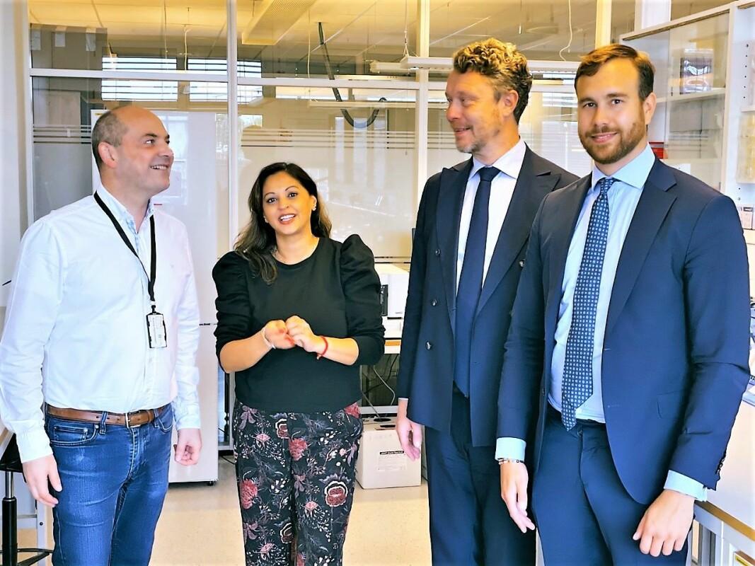 F.v. Ronny Hermansen, CEO i Genetic Analysis, Anita Patel Jusnes, CCO i Genetic Analysis, Anders Eriksson, markedssjef i Spotlight Stock Market og Dennis Fagerros, Business development manager i Spotlight.