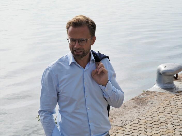 Moderniseringsminister Nikolai Astrup utvider Startoff-ordningen, men sier lite om vilkårene gründerne advarer mot.