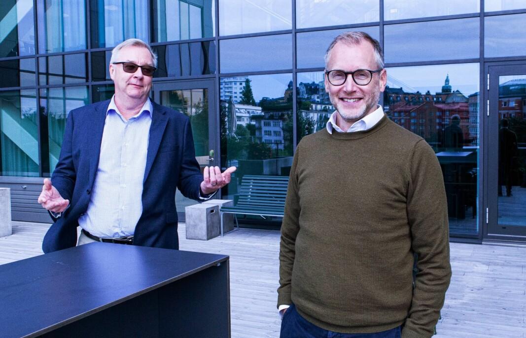 Kom til oss, lokker P27-sjef Lars Sjögren, til venstre. Han og strategidirektøren i selskapet Martin Georgzén vil fryktelig gjerne få Norge med inn i det nordiske betalingssamarbeidet.