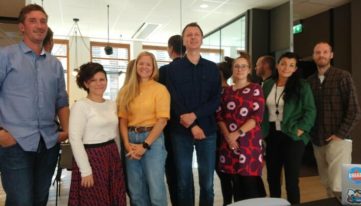 Et utvalg av de ansatte i Creaza i de nye lokalene sentralt i Oslo. Daglig leder Carl Morten Knudsen til venstre.