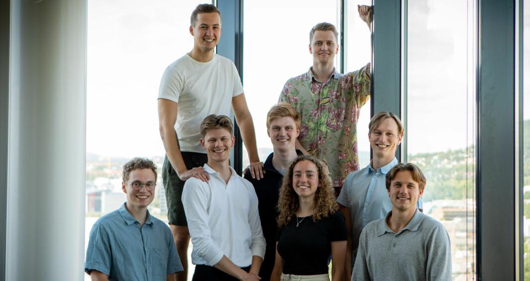 Studentgründeren fikk ideen da han druknet i papirarbeid på sommerjobb: Nå tester gigantene løsningen