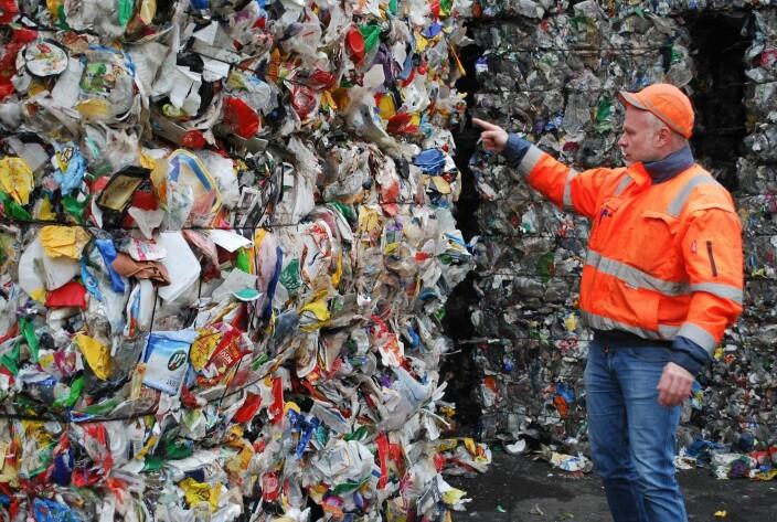 Megadeal til søppel-startup: Skal bruke blokkjede for å minimere plast på avveie